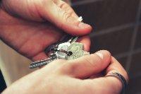Почему стоит доверить купли-продажу бюро по недвижимости